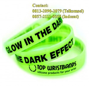 Jual Gelang Karet Glow In The Dark 001