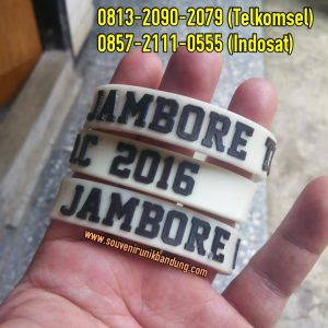 jual-gelang-karet-glow-in-the-dark-03